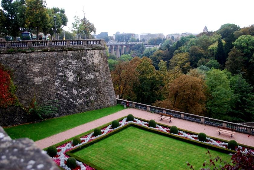 Um trecho da muralha vista de cima